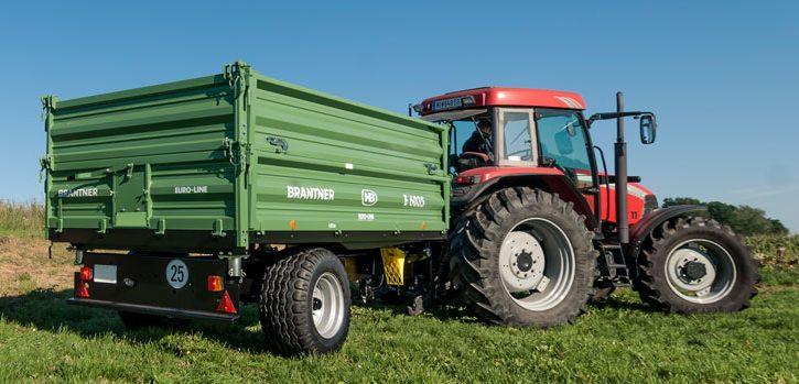 brantner e6035 einachs dreiseitenkipper meyer traktoren. Black Bedroom Furniture Sets. Home Design Ideas